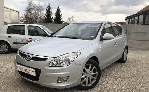 i30 1.6 crdi 115 ch  voiture occasion hyundai